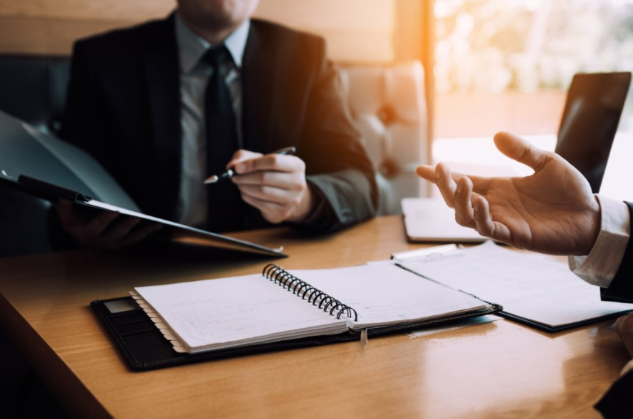 Tips for Hiring a Corporate Lawyer